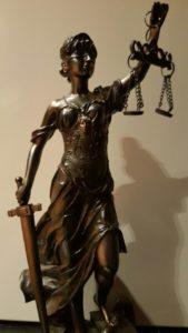 Ile kosztuje sprawa o odszkodowanie w sądzie
